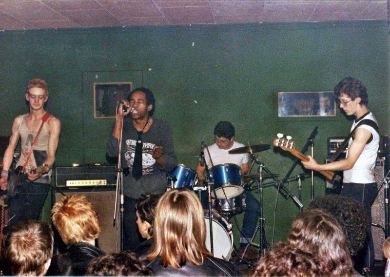 Contingent 1980